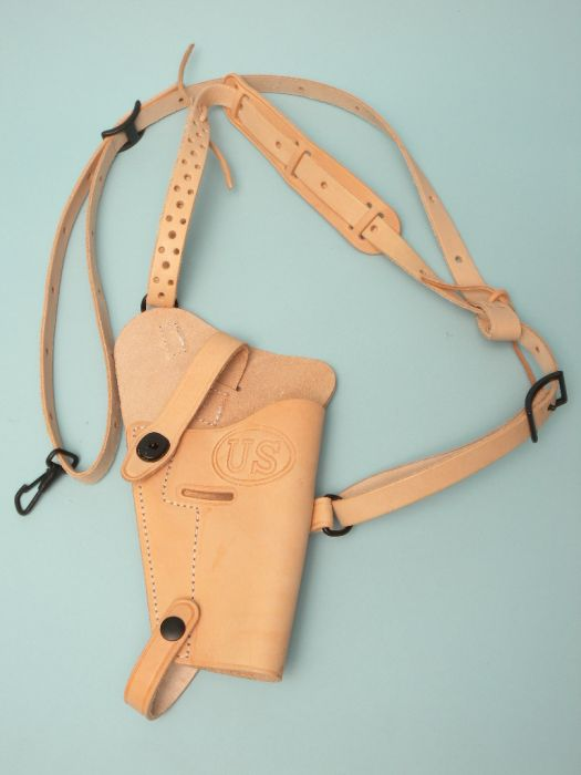 U S  Issue M7/M9  45 Leather Shoulder Holster